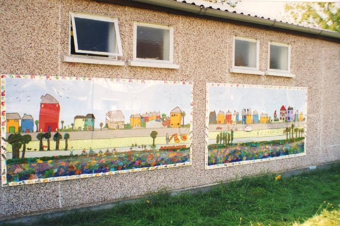 Worton Road Community Centre Summer Mural Project, July to August 1997. Enviromental Theme, the first artistic production directed and co-produced by 'Making Murals: Art for and by the Community. Were you there with artist/designer Isabella Demetriou, aka Wesoly?