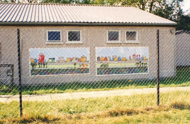 Worton Road Community Centre, Environmental Theme  Mural project, Isleworth, 1997.. Another co-production for and by the community, via Making Murals